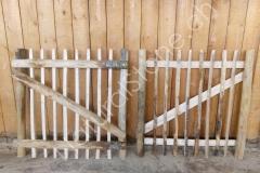 Gartentüre-zu-Staketenzaun