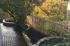 Staketenzaun-als-grundstückgrenzeori